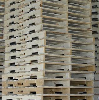 comment la guerre a lanc l 39 industrie de la palette de bois. Black Bedroom Furniture Sets. Home Design Ideas